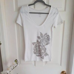 Old Navy white sequin t-shirt Size S 😍
